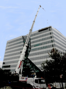100-ton grove crane photo